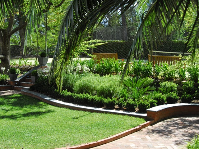 Impact landscape design in chambers flat brisbane qld for Qld garden design ideas