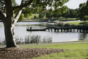 True Local: WatervieW in Bicentennial Park Image