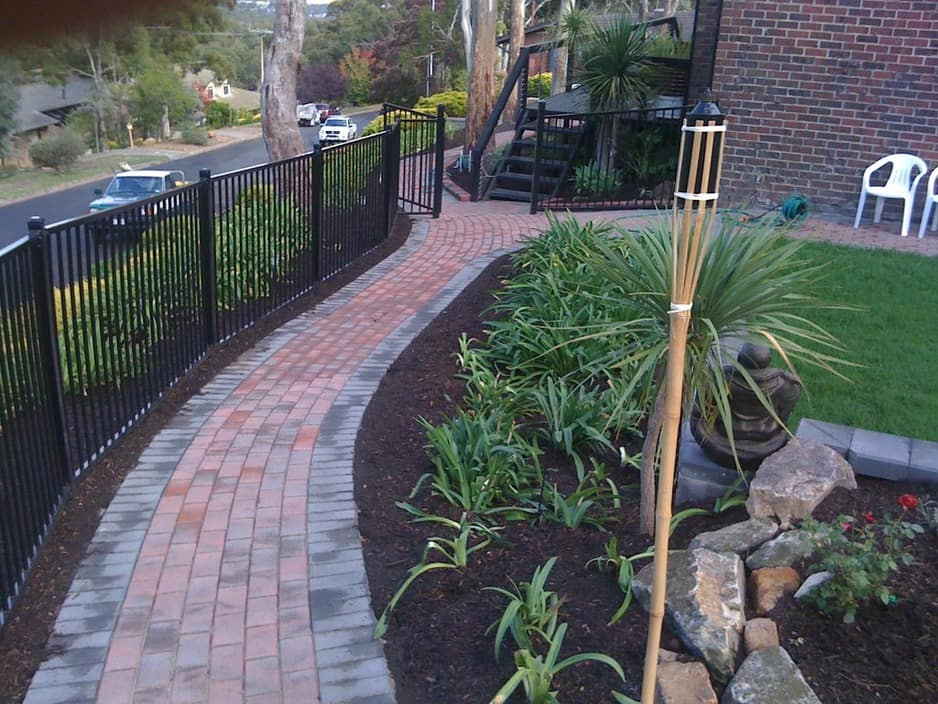 Direct paving and landscaping in lonsdale adelaide sa for Paving and landscaping adelaide