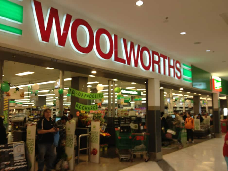 woolworths ltd Woolworths group ltd's stock price has been in a strong uptrend since mid 2016 and is once again nearing record highs this has left woolworths with a record high forward p/e ratio of over 23 .