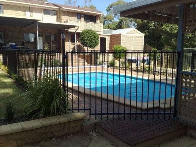 Aussie fencing gates adelaide in adelaide sa fencing for Pool show adelaide