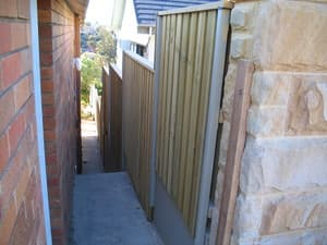 steel framed, lap'n'cap, panelled fencing