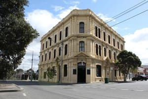 Railway Hotel - Heritage Listed