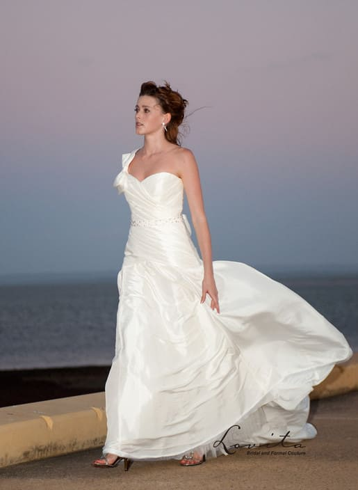 Lovita runcorn brisbane bridal wear retailers for Second hand wedding dresses near me