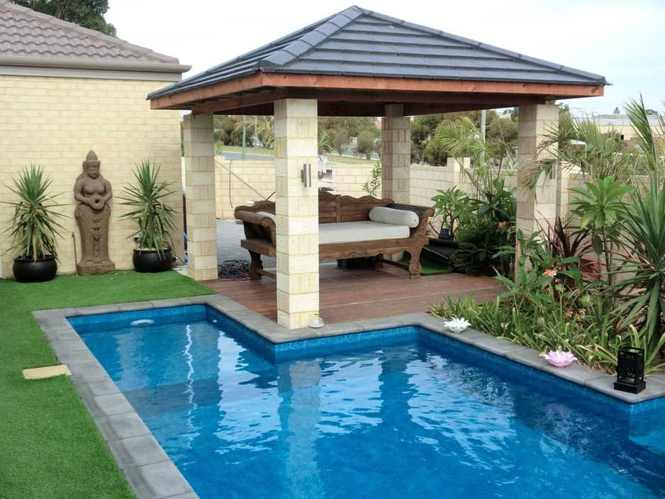 Backyard pools landscapes in quinns rocks wa home for Garden pool landscaping