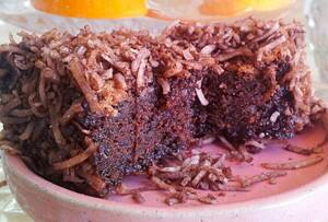 True Local: LusciousKiki Cakes Image - Chocolate Coma Lamington