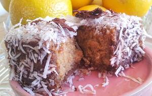 True Local: LusciousKiki Cakes Image - Tira Mi Su Lamington