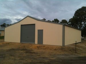 Shed Erector Solutions Pic 2 - Great Barn for two horses