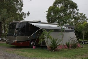 Kangaroo Country Caravan Park Pic 5 - LARGE SITES BUSES RVs