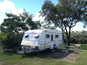 Kangaroo Country Caravan Park Pic 4 - POWERED SITES