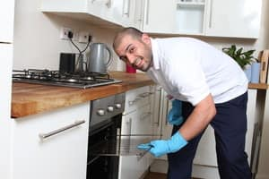 Paul's Cleaning Melbourne Pic 5 - Oven cleaning service