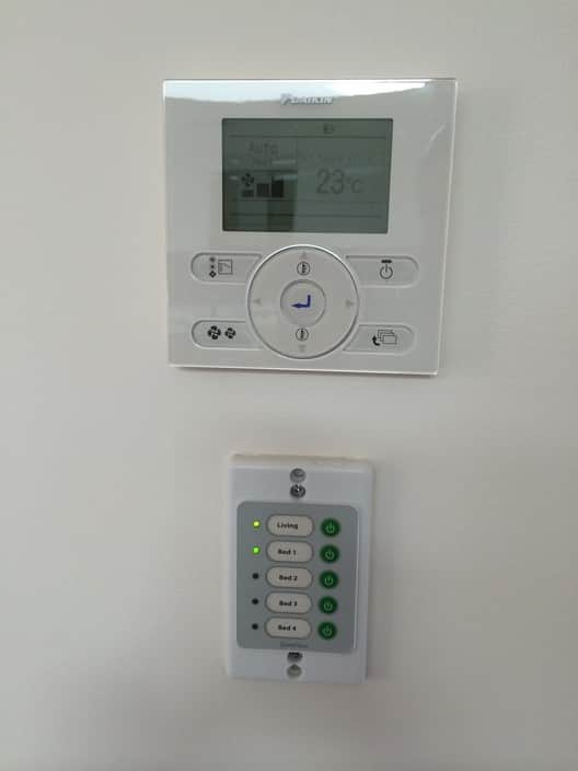 HRE Air Conditioning and Refrigeration Pic 1 - Easy to use controls