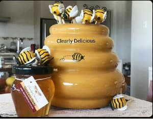 Clearly Delicious Pic 3 - Clearly Delicious Gippsland Honey pot