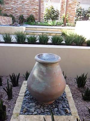 Paul jackson gardens in stepney adelaide sa landscaping for Garden water features adelaide