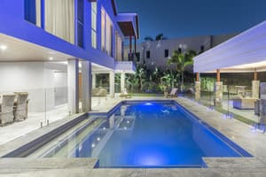 LMG Electrical Pic 5 - Hope Island renovation Pool and garden lighting