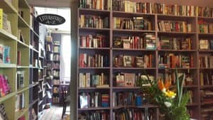 Ampersand Bookstore & Cafe Pic 4