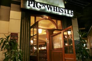 Pig N Whistle British Pub Indooroopilly Pic 2