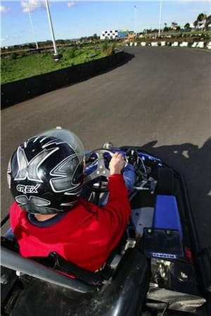 le mans go karts melbourne in dandenong south melbourne vic go karting truelocal. Black Bedroom Furniture Sets. Home Design Ideas