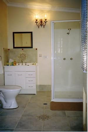 Boutique Motel Sefton House Pic 5 - Beautiful En Suites and Luxury Private Bathrooms