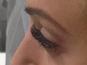Love Those Lashes - Eyelash Extensions Pic 3