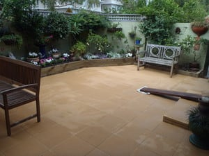 Colin Green's Landscaping Services Pic 3 - Paving Garden Beds plantings courtyard in Balgowlah