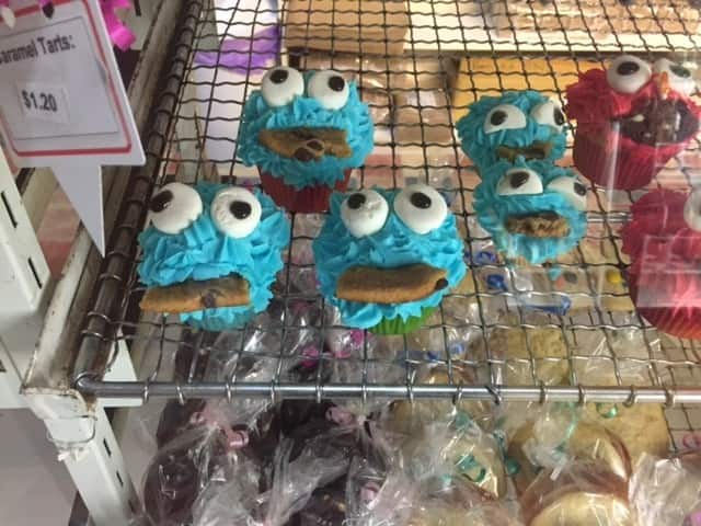 Marr's Bakery Morgan Pic 1 - Cookie monster cupcakes
