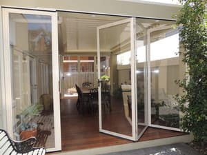 Optiscreen Pic 4 - Opti screens are perfect to protect your alfresco area all year round