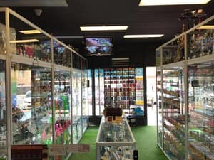 Cloud 9 Smoke Shop Victoria Park Pic 4