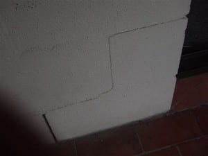 Allied Home Inspections Pic 4 - Cracked brickwork